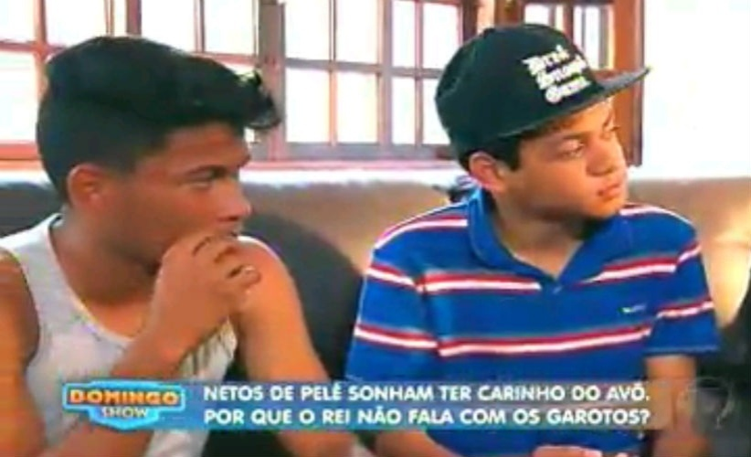 22.mar.2015 - Gabriel e Octávio, netos de Pelé