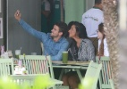 Rafael e Talita trocam beijos e tiram selfies em almoço - Dilson Silva/AgNews