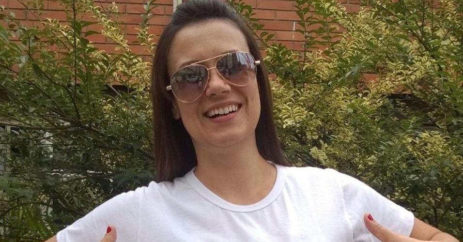 Ex-BBB Angélica Morango sai em apoio ao casal gay de