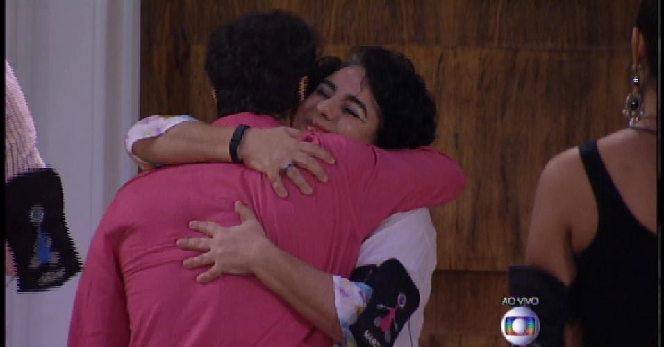 """24.mar.2015 - Com 50,22% dos votos, Mariza é a 9ª eliminada do """"BBB15"""" em disputa muito acirrada"""