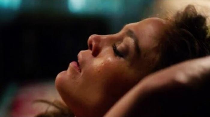 """Jennifer Lopez, em cena quente de """"O Garoto da Casa ao Lado"""""""