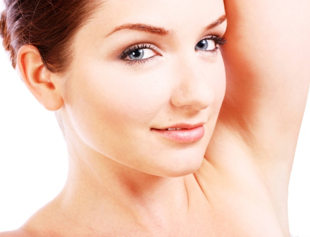 Axilas e virilhas bem cuidadas são questões e beleza e saúde - iStock