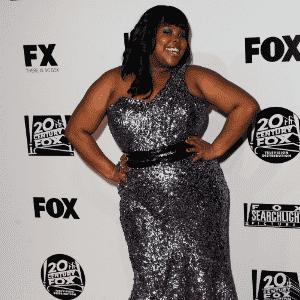 Amber Riley globo de ouro 2011 matéria vestidos plus size - Getty Images
