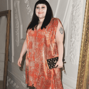 Beth Ditto paris fashion week 2012 matéria vestidos plus size - Getty Images