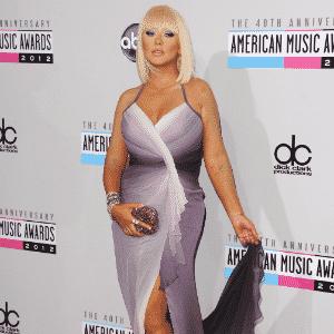 Christina Aguilera AMA 2012 matéria vestidos plus size - Getty Images