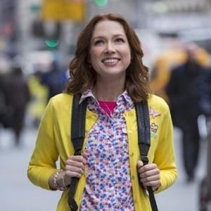 """Ellie Kemper é a protagonista da série de comédia """"Unbreakable Kimmy Schmidt"""" - Divulgação"""