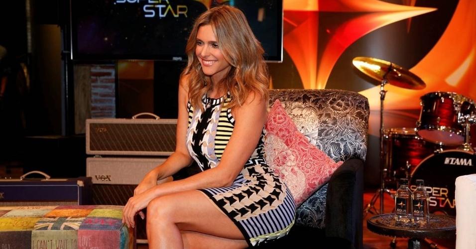 """30.mar.2015 - Apresentadora do """"Superstar"""", Fernanda Lima conversa com a imprensa sobre as novidades do programa"""