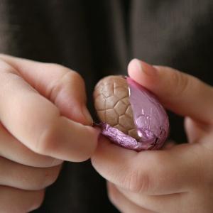 Um ovo de Páscoa de cem gramas deve durar dez dias para as crianças - Getty Images