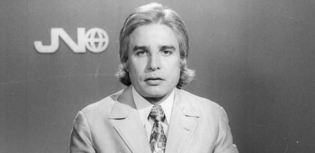 """Cid Moreira apresenta no """"Jornal Nacional"""" em 1972"""