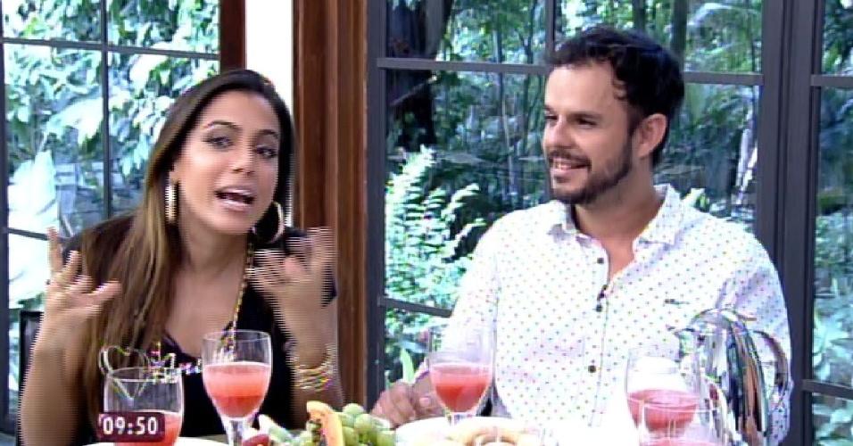 """1.abri.2015 - Adrilles e Anitta participam do """"Mais Você"""""""