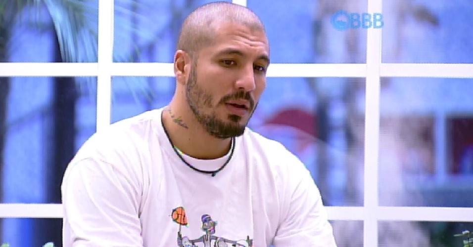 1.abr.2015 - Fernando acredita que Cézar será o vencedor do programa