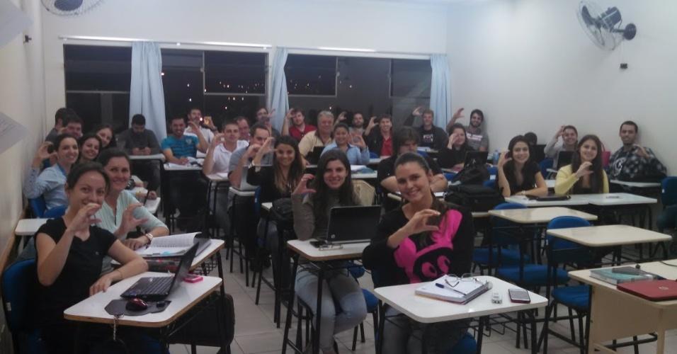 Turma de Cézar na faculdade de direito em Guarapuava
