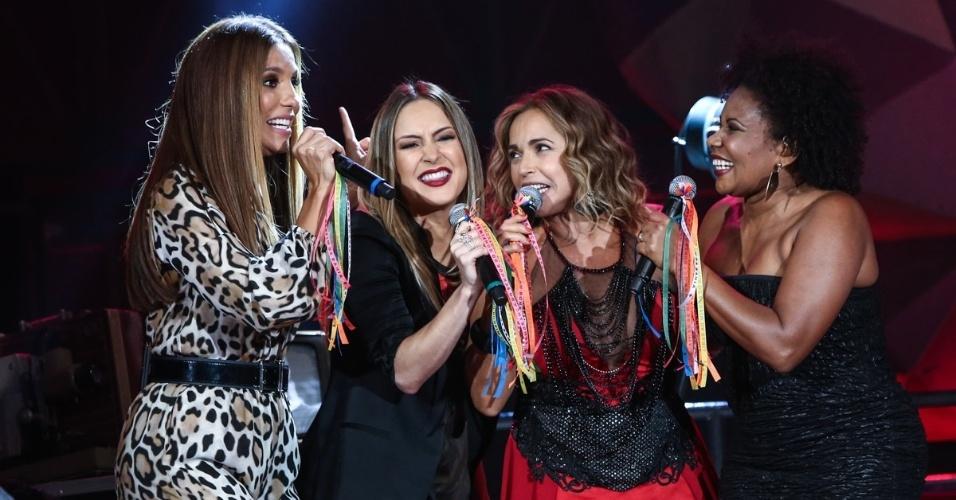 2.abr.2015 - Maiores representantes femininas do axé, Ivete Sangalo, Claudia Leitte, Daniela Mercury e Margareth Menezes formam um quarteto no