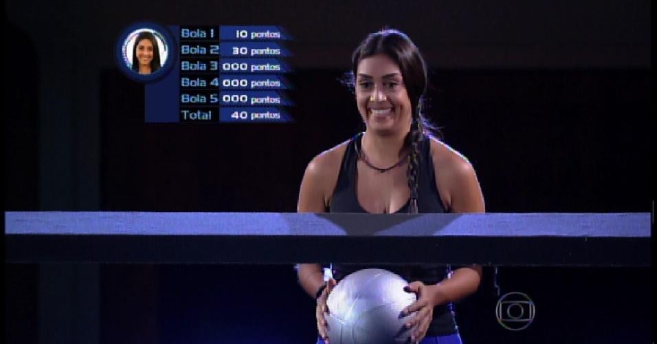 3.abr.2015 - Amanda inicia prova da segunda etapa que vale vaga na final
