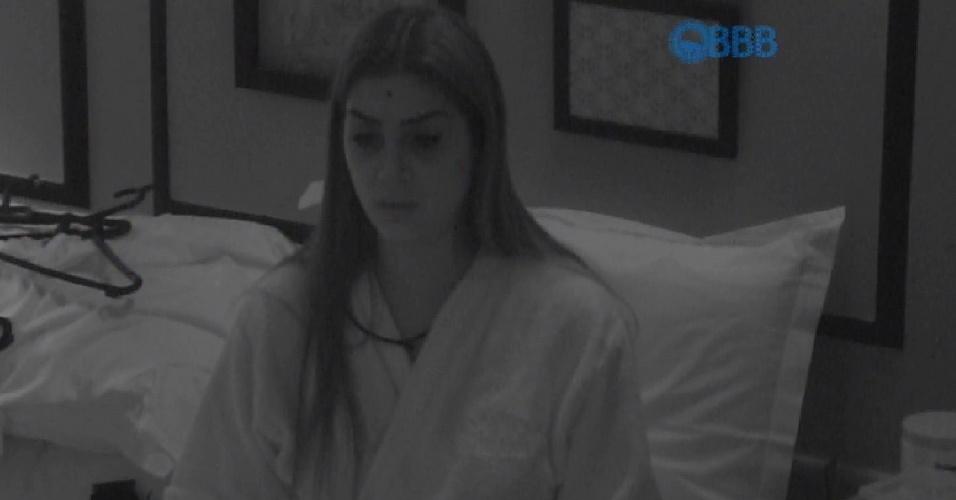 4.abr.2015 - Amanda chora após levar fora de Fernando