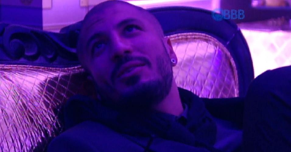 4.abr.2015 - Fernando explica erro em pergunta
