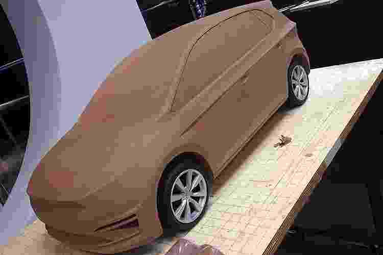 Protótipo de argila revela possíveis traços do Novo Gol - Carplace