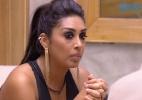 Amanda fica séria ao ver vídeo de beijo de Fernando e Aline - Reprodução / TV Globo