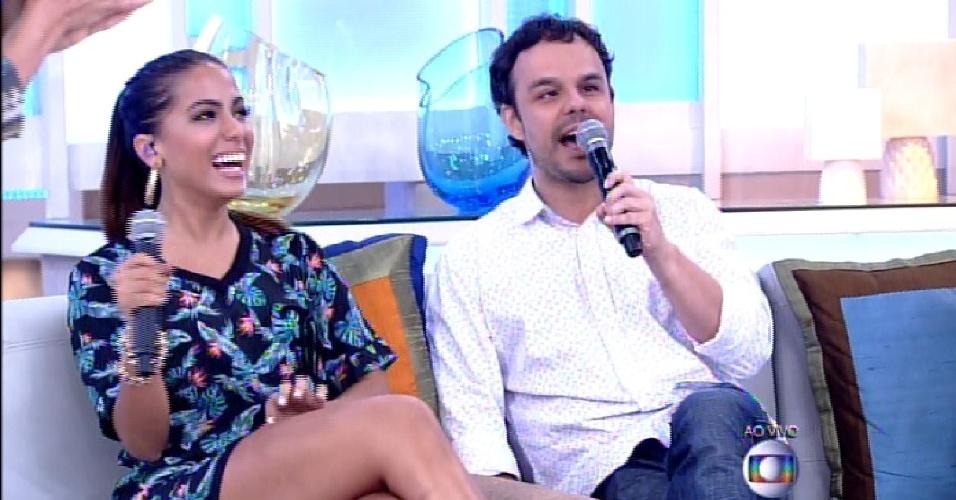 """7.abr.2015 - Anitta e Adrilles participam do """"Encontro com Fátima Bernardes"""""""