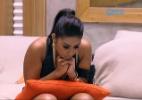 """Nervosa com a aproximação da final do """"BBB15"""", Amanda se concentra na sala - Reprodução/TV Globo"""