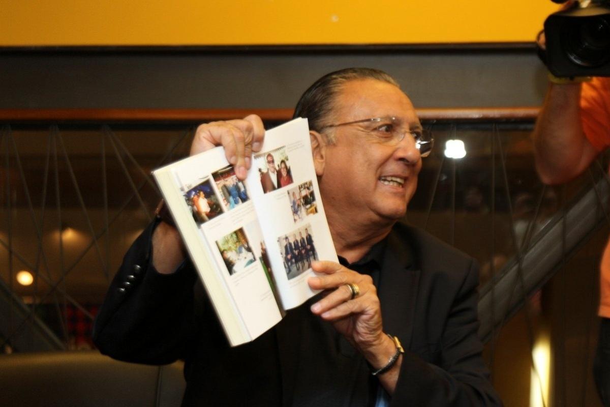 Galvão Bueno lança livro