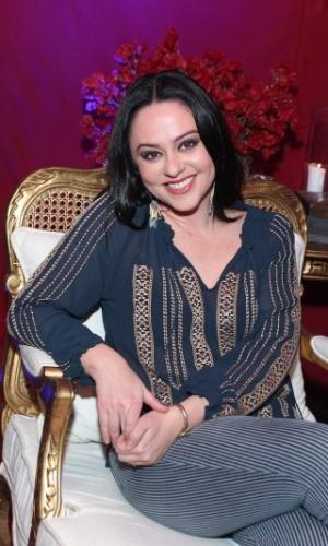 """8.abr.2015 - Após 14 temporadas de """"A Grande Família"""", Guta Stresser se despede de Bebel e se prepara para viver uma nova personagem em """"Amorteamo"""""""