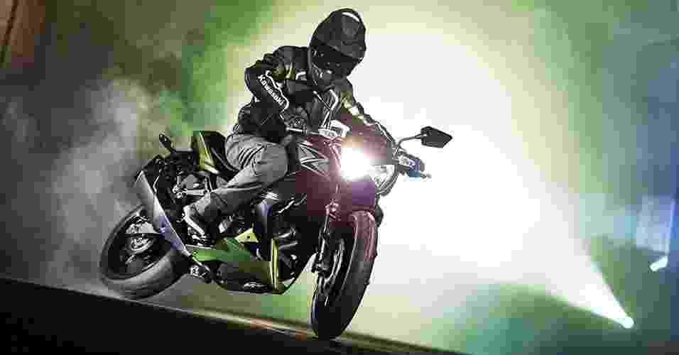 Kawasaki Z300 - Divulgação