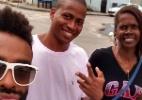 Douglas visita cidade de Luan e faz selfie com a mãe do amigo - Reprodução/Instagram/dougferreira_13