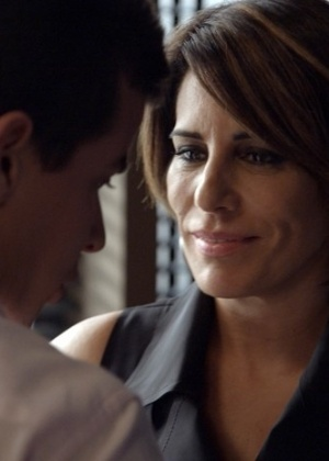 """Beatriz (Glória Pires) se apaixona de verdade por Diogo (Thiago Martins) em """"Babilônia"""""""
