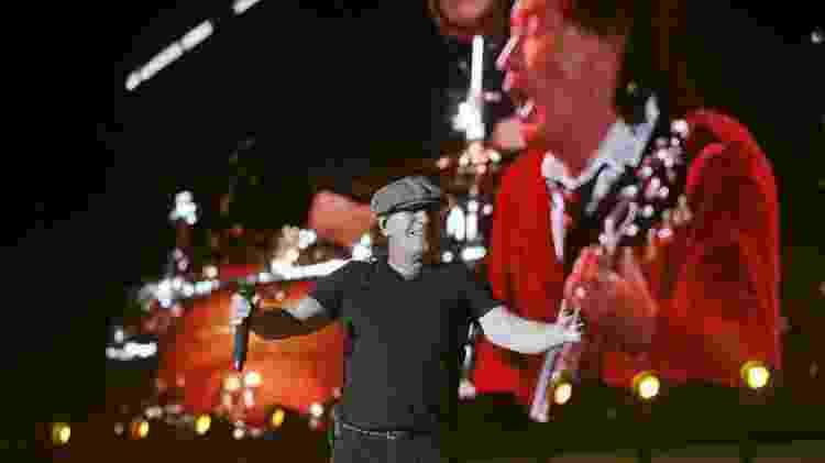 10.abr.2015 - AC/DC encerra a primeira noite de shows do festival Colcheia, na Califórnia - Lucy Nicholson/Reuters - Lucy Nicholson/Reuters