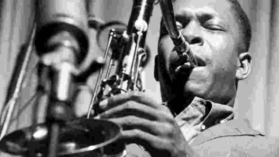 """John Coltrane em 1965: """"A Love Supreme"""" lhe veio de uma vez como um sopro - Divulgação"""
