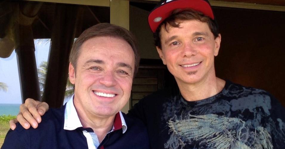 Gugu esteve na casa de Netinho em Guarajuba, na Bahia, para uma entrevista exclusiva