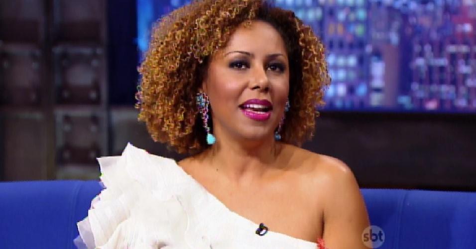 16.abr.2015 - Valéria Valenssa diz que ficou chateada após saída da Globo