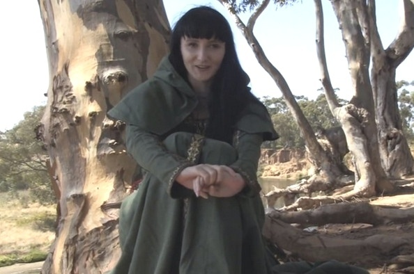 """Autointitulada como """"perversa"""" em sua página no Twitter, mas com pegada nerd, a australiana Aeryn Walker é atriz pornô profissional e em """"Game of Thrones"""", interpreta uma das mulheres de Craster, que se casa com as próprias filhas"""