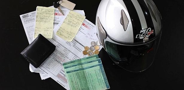"""É possível buscar """"ficha corrida"""" e descobrir se moto está regularizada  - Infomoto"""