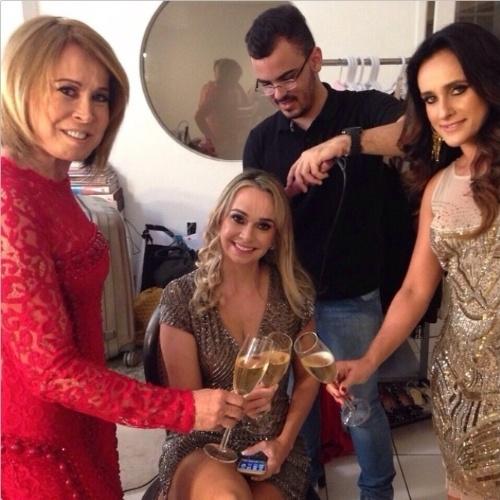 18.abr.2015 - De novo visual, Zilu Godoi posta foto dos bastidores de seu novo programa