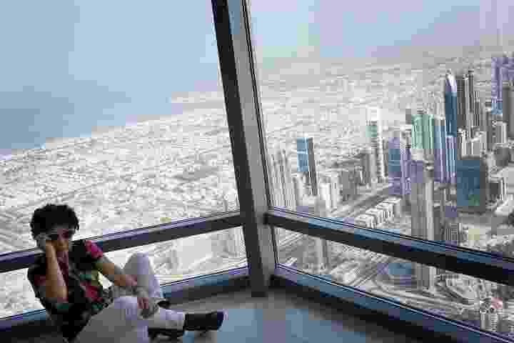 Visitar o Burj Khalifa ? com seus mais de 160 andares e 828 metros de altura ? é como pegar um avião - Celia Peterson/The New York Times