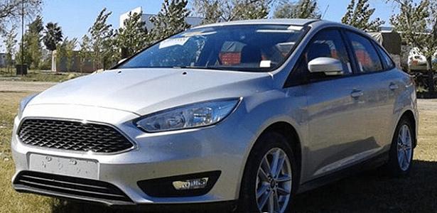 Ford Focus reestilizado se mostra sem camuflagem na Argentina