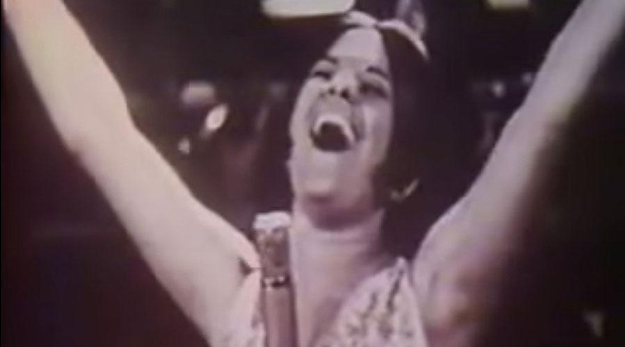 Elis Regina canta arrastão em 1965