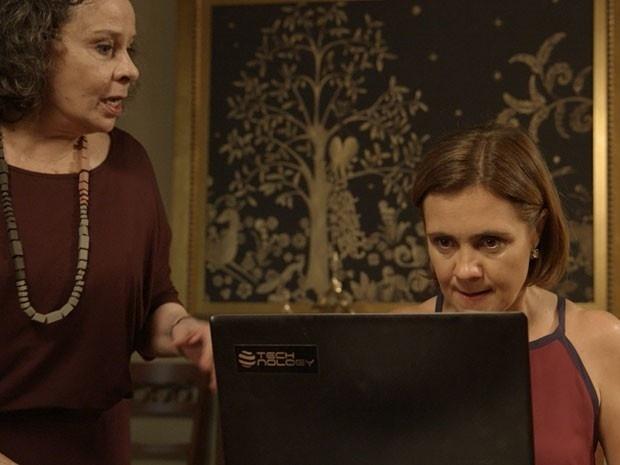 Inês publica na internet vídeo com traição de Beatriz