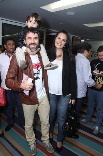 27.abr.2015 - Eriberto Leão comparece à estreia da peça
