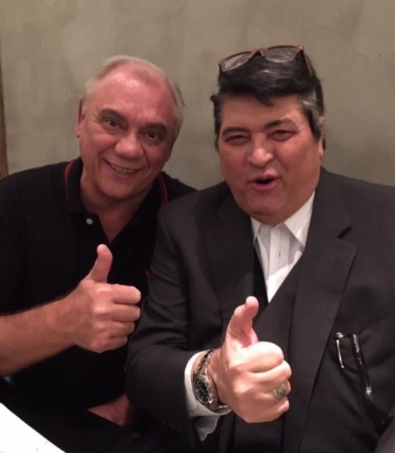 28.abr.2015 - Marcelo Rezende e José Luiz Datena jantam juntos em São Paulo