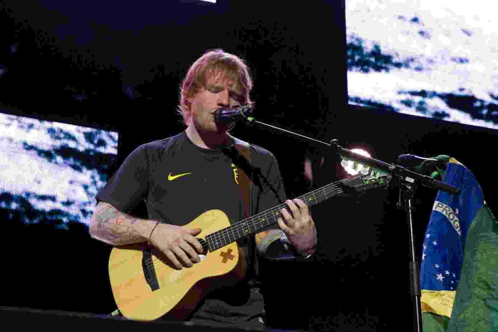 28.abr.2015 -  O cantor britânico Ed Sheeran abriu sua turnê brasileira nesta terça-feira (28) no Espaço das Américas, em São Paulo - Marcelo Brammer/AgNews