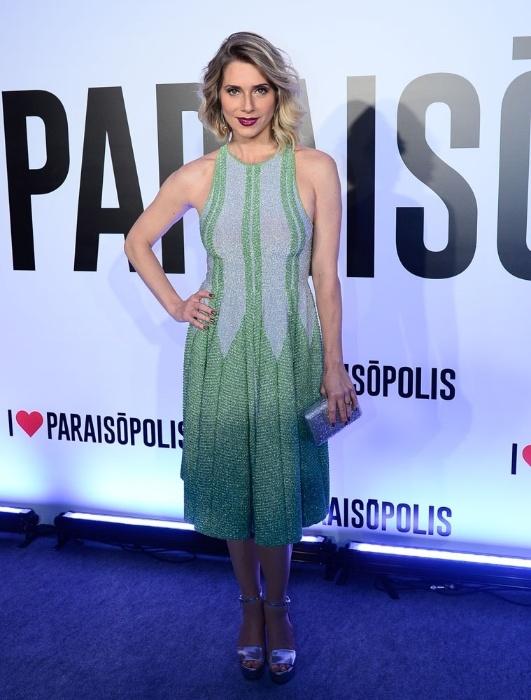 """29.abr.2015-  Letícia Spiller chega para a festa de lançamento da novela """"I Love Paraisópolis"""""""