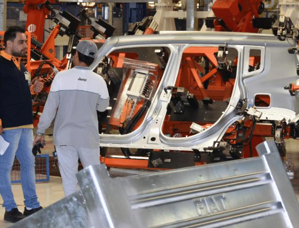 Executivos preveem que período difícil vivido pelo setor automotivo deve perdurar em 2016, mas sustentam investimentos visando o médio e o longo prazo  - Murilo Góes/UOL
