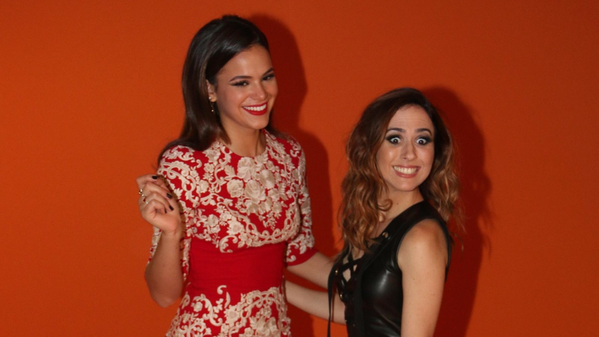 29.abr.2015 - Bruna Marquezine e Tatá Werneck na festa de lançamento da novela