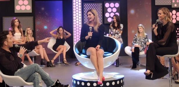 """Kelly Key é entrevistada pelo programa """"Chega Mais"""", na Rede TV!"""