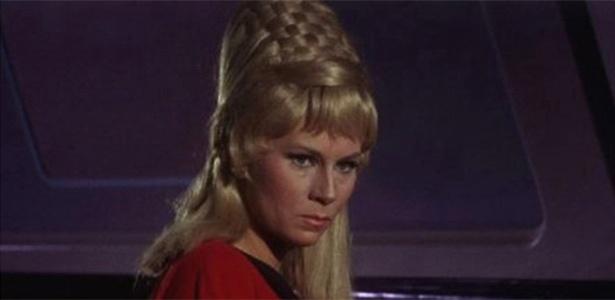 "Grace Lee Whitney como Janice Rand em ""Star Trek"""