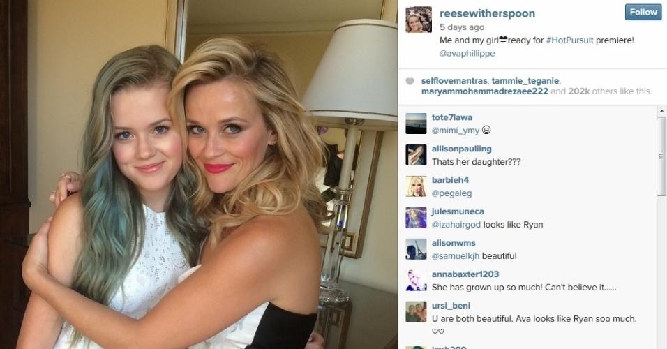 30.abr.2015 - Reese Witherspoon posta foto ao lado da filha Ava Elizabeth no Instagram. A garota, de 16 anos,