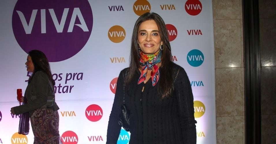 6.mai.2015 - A jornalista Carla Vilhena comparece ao evento em comemoração aos 5 anos do canal Viva!, no Teatro Alfa, em São Paulo
